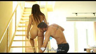 HD – PureMature Hot milf Lisa Ann shows how she wants dick